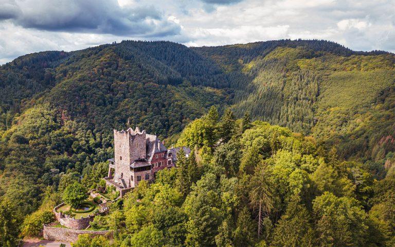 Burg_Eltz_Eifel_Wandern_mika-baumeister_web